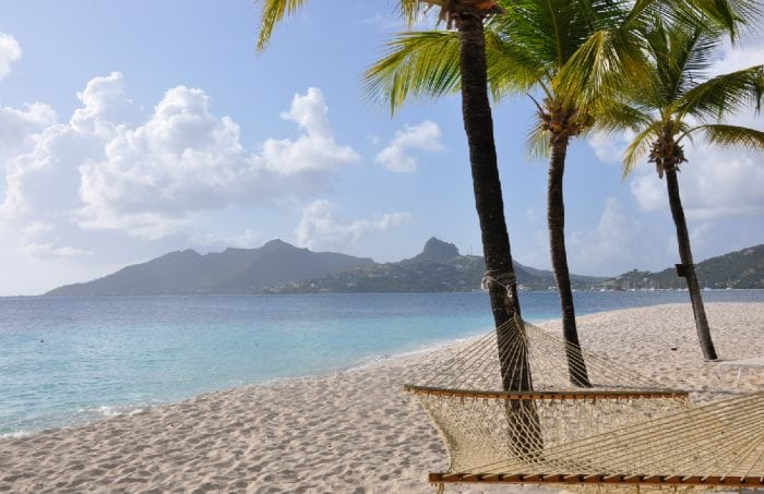 Luxury Sailing beach in The Grenadines