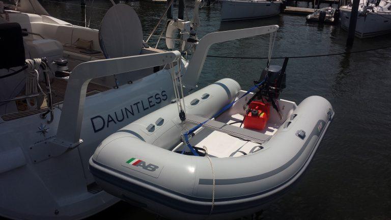 Dauntless (51.9ft)
